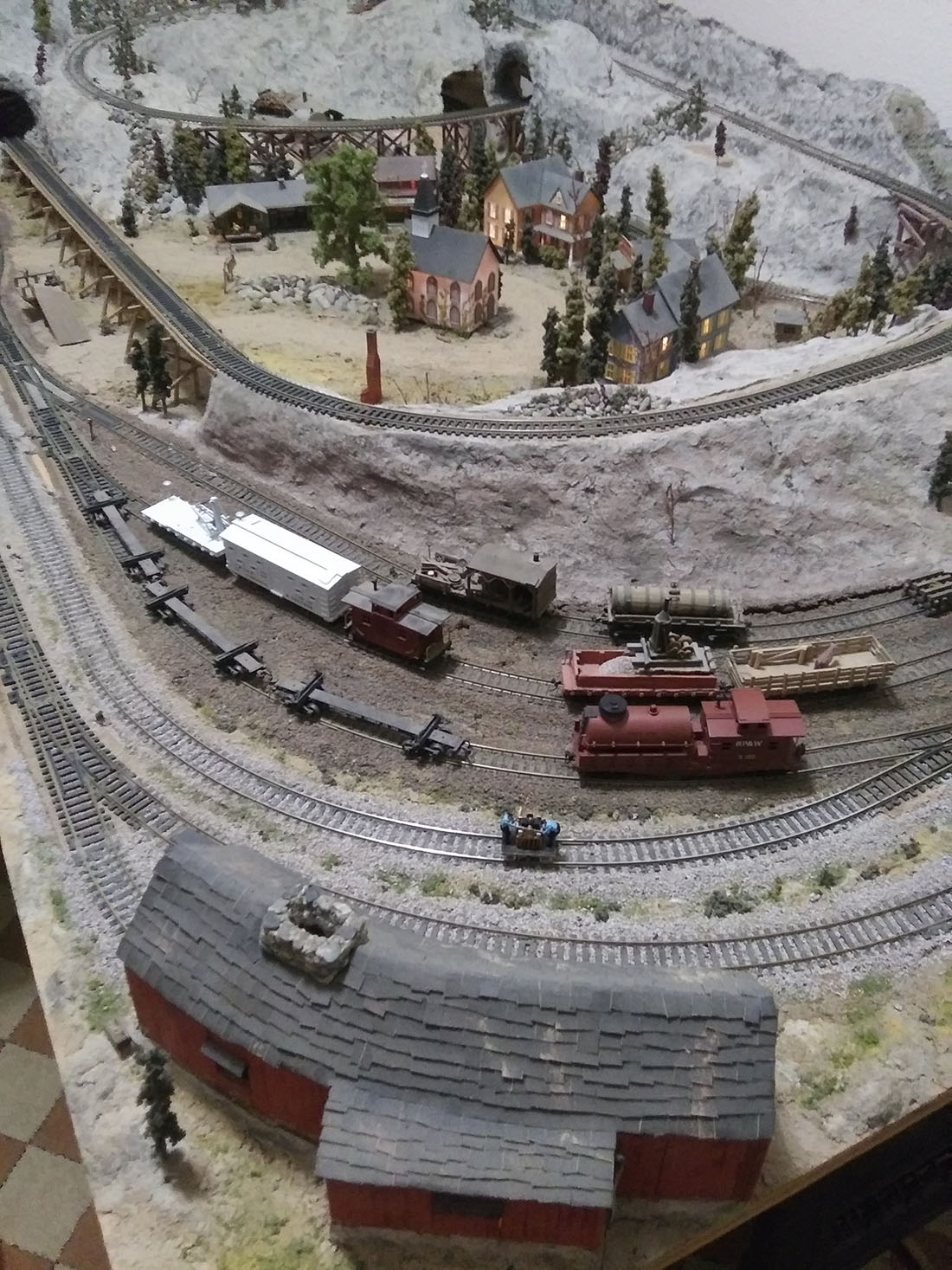 4x8 model railroad