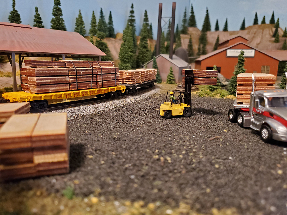 model railroad lumber yard