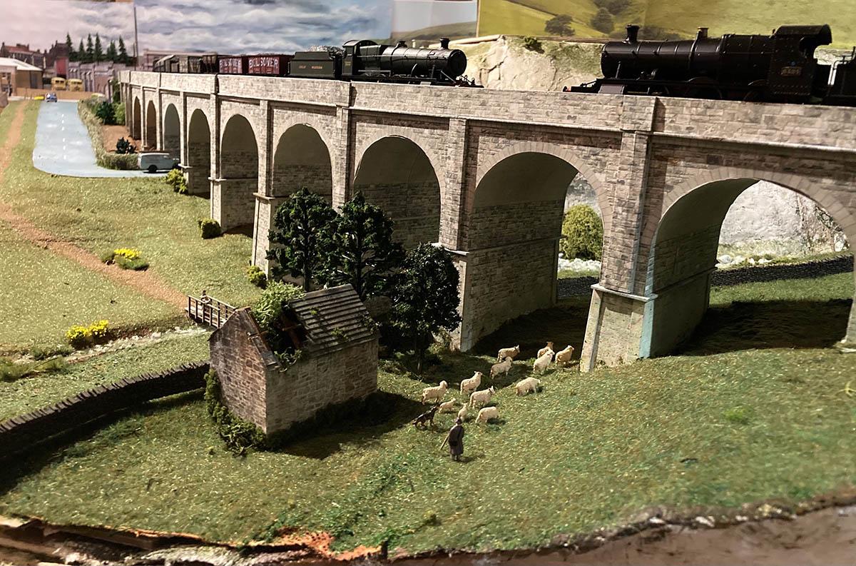 model railway viaduct