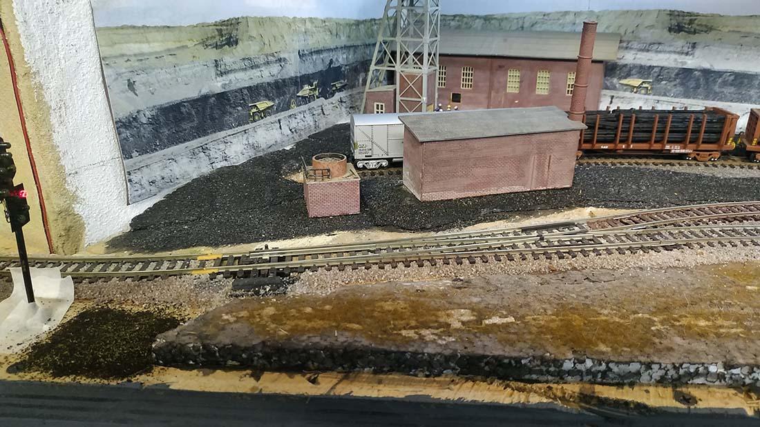 HO scale coald mine